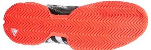 Clay tennis shoe - no instep